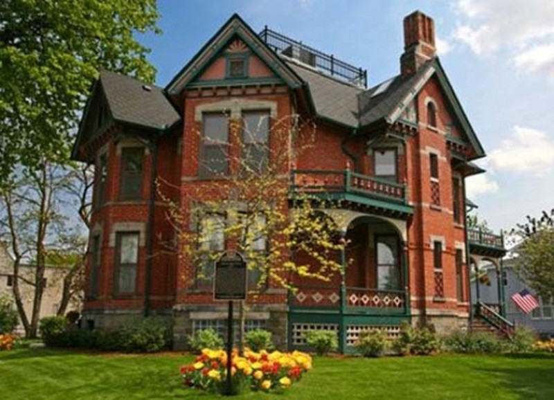 Astounding 1880 Victorian In Bay City Michigan Oldhouses Com Beutiful Home Inspiration Truamahrainfo