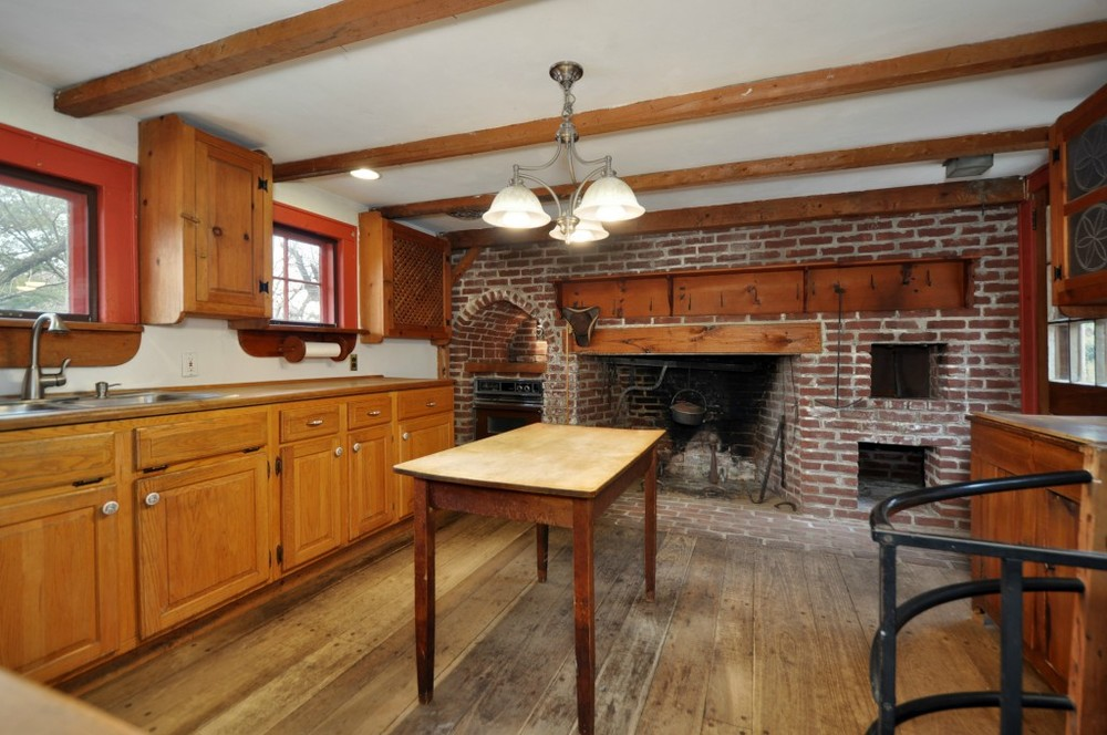 1730 colonial in cedar grove new jersey for New kitchen cedar grove