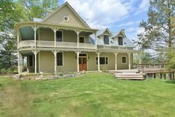 1827 Farmhouse photo