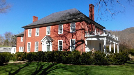 1834 Colonial Revival photo