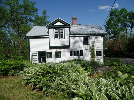 1865 Farmhouse photo