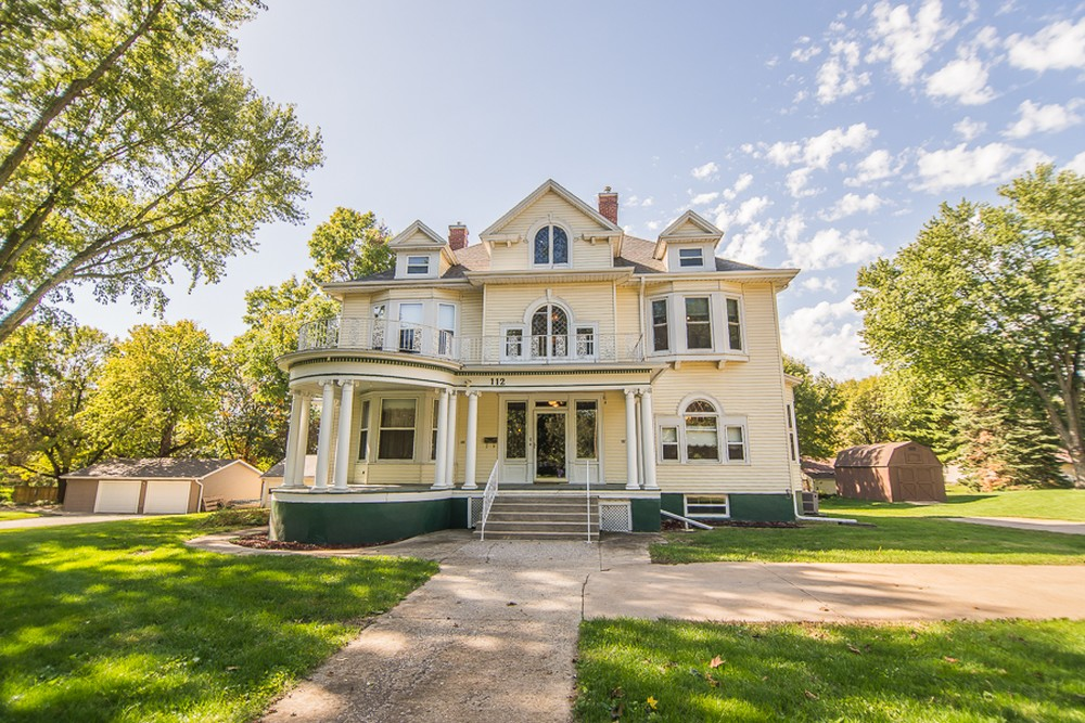 C 1880 victorian queen anne in villisca iowa for Design homes iowa