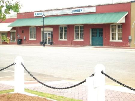 1880 Storefront photo