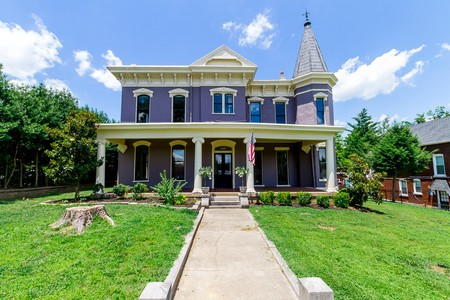 1870 Victorian: Queen Anne photo