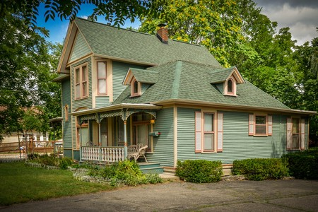 1890 Victorian: Eastlake photo