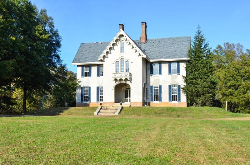 1850 gothic revival for sale in oak grove virginia for Gothic revival homes for sale