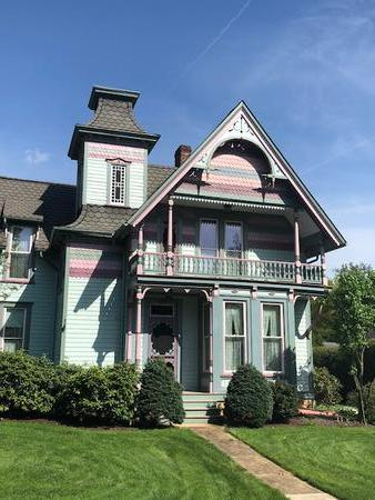 1896 Victorian: Eastlake photo