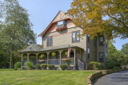 1850 Victorian: Queen Anne photo