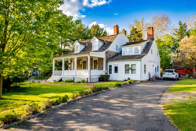 Charming Colonial in Closter