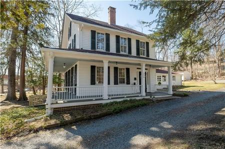 1814 Colonial Farmhouse photo