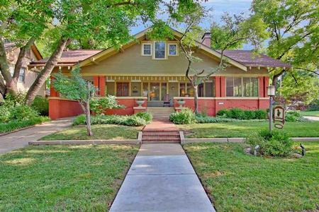 1900 Craftsman Bungalow photo