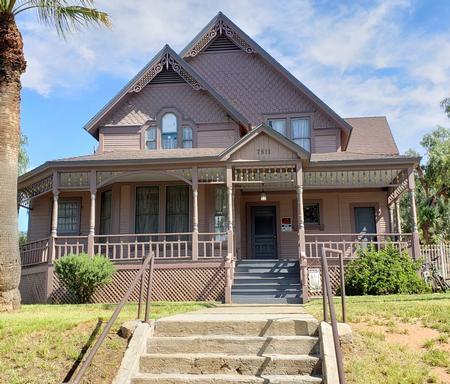 Historic Homes For Sale Rent Or Auction With Features Wrap Around Porch Oldhouses Com