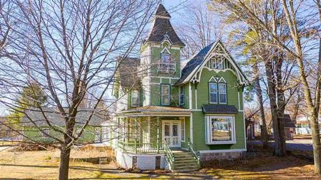 1894 Victorian: Queen Anne photo