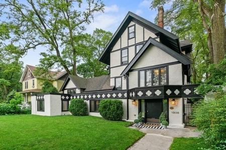 1904 Tudor Revival photo